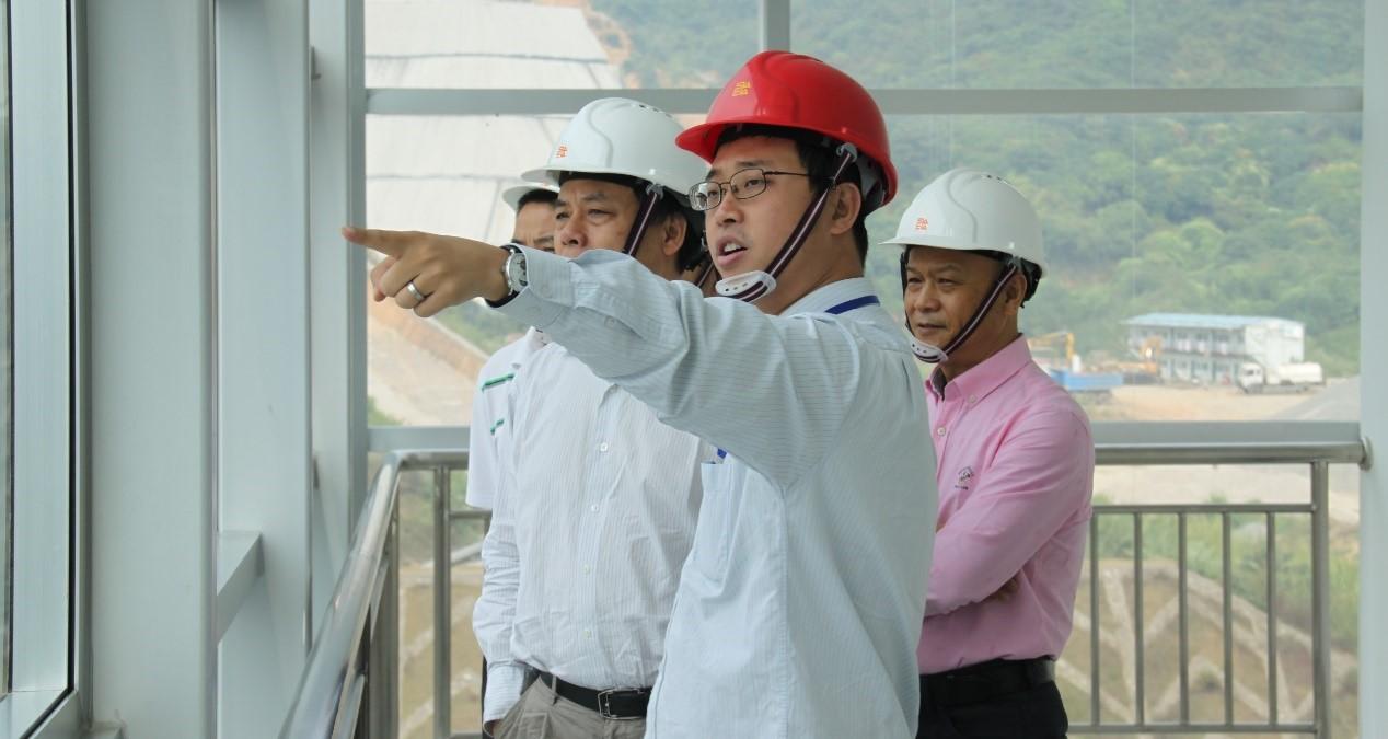 深圳市能源环保有限企业宝安垃圾发电厂钟日钢